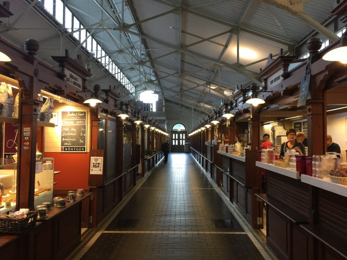 helsinki old market hall 700x525 - Exploring the food markets & city centre of Helsinki, Finland