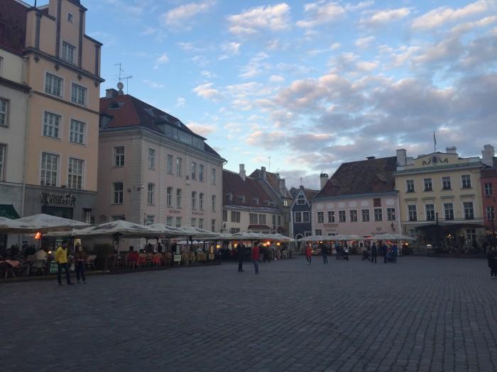 old town tallinn square 700x525 - Exploring the views of the Old Town Tallinn, Estonia