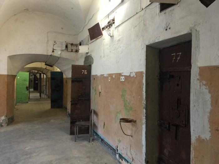 patarei prison cells 700x525 - A visit to Patarei Prison in Tallinn, Estonia