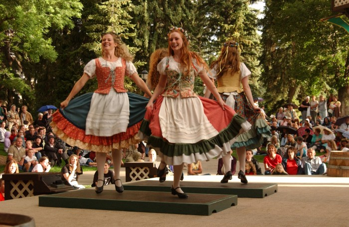 utah shakespeare festival greenshow 700x456 - Outdoor & indoor adventures in every season in Cedar City, Utah