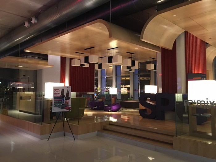 aloft kuala lumpur lobby 700x525 - Aloft Kuala Lumpur Sentral review