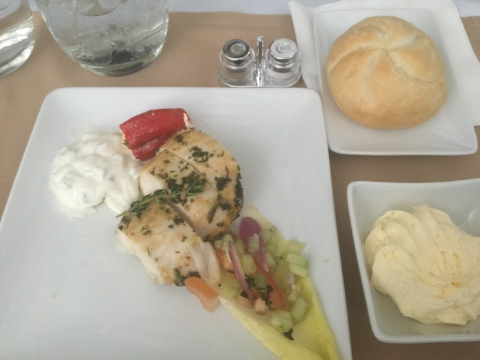 american airlines first class appetizer 700x525 - American Airlines First Class Boeing 777-200 London Heathrow LHR to Dallas-Fort Worth DFW review