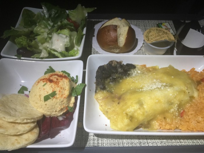 american-airlines-first-class-meal-airbus-a321s