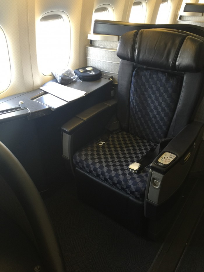 American-Airlines-First-Class-seat-boeing-777