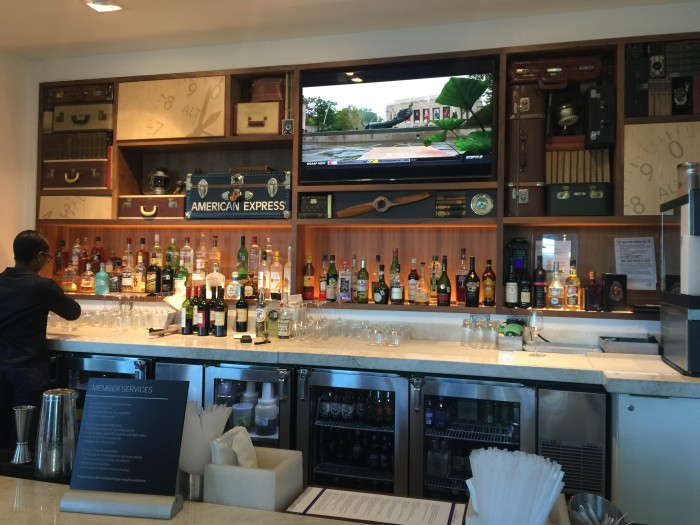 amex centurion lounge dfw bar 700x525 - American Express Centurion Lounge Dallas-Fort Worth DFW review