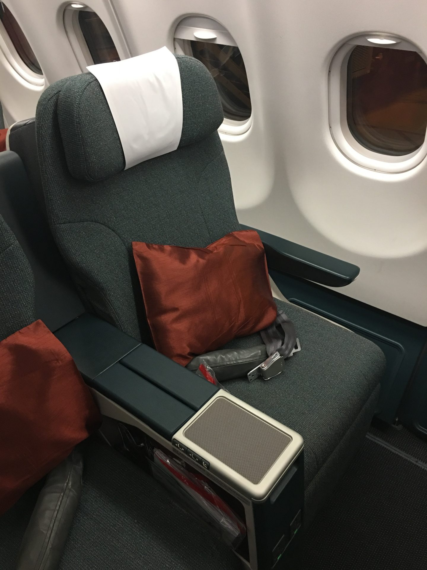 Cathay Pacific Business Class Airbus A330 Hong Kong HKG to ...