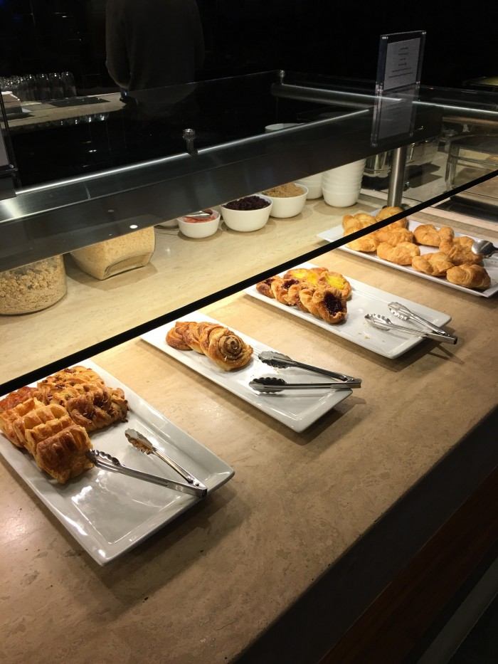 oneworld business lounge lax pastries 700x933 - OneWorld Business Lounge Los Angeles LAX review