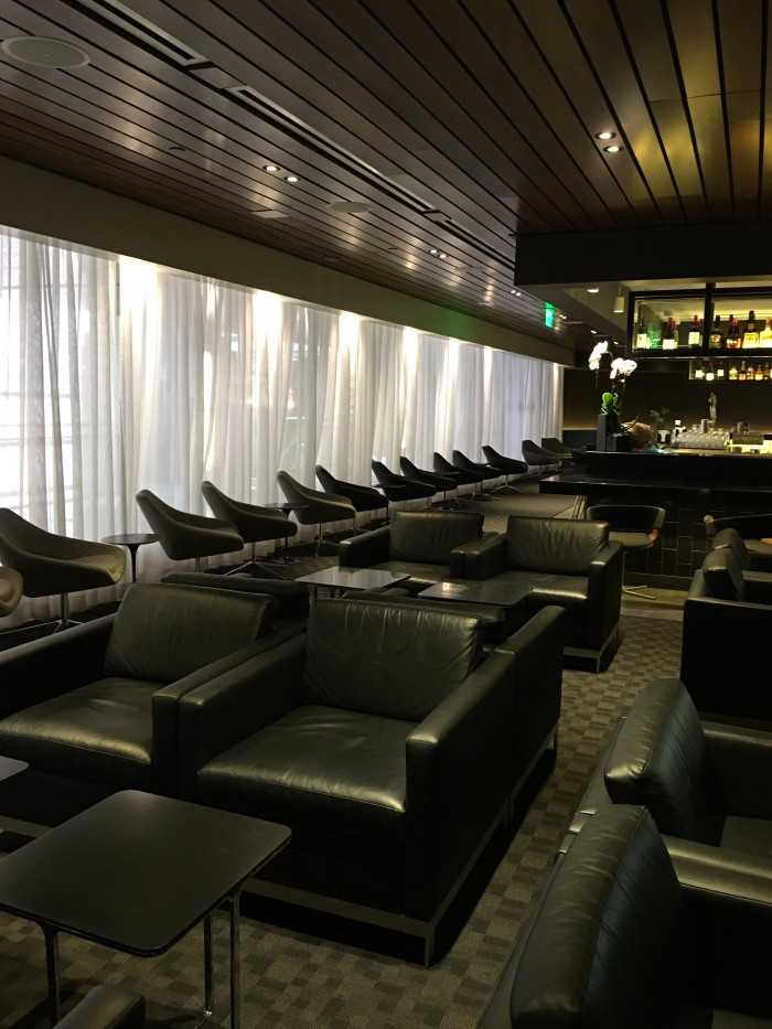 oneworld lounge los angeles 700x933 - OneWorld Business Lounge Los Angeles LAX review