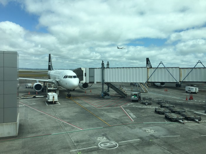 air new zealand airbus a320 700x525 - Air New Zealand Economy Class Airbus A320 Auckland AKL to Queenstown ZQN review