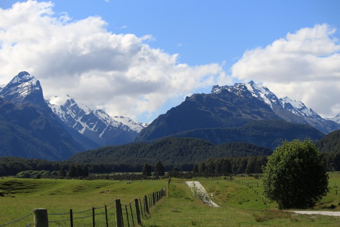 glenorchy isengard lotr 700x467 - A Lord of the Rings tour in Queenstown, New Zealand