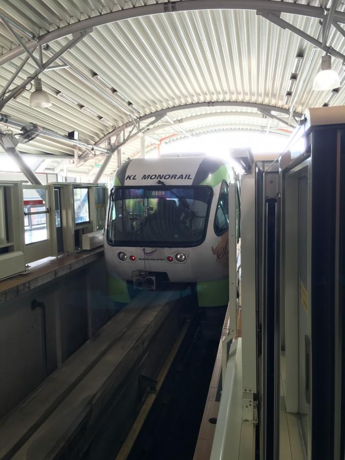 kuala lumpur monorail 700x933 - A layover in Kuala Lumpur - Street markets & Petronas Towers