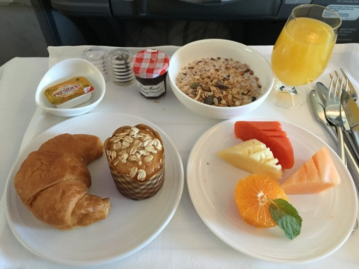 malaysia airlines business class breakfast kuala lumpur auckland 700x525 - Malaysia Airlines Business Class Airbus A330-300 Kuala Lumpur KUL to Auckland AKL review