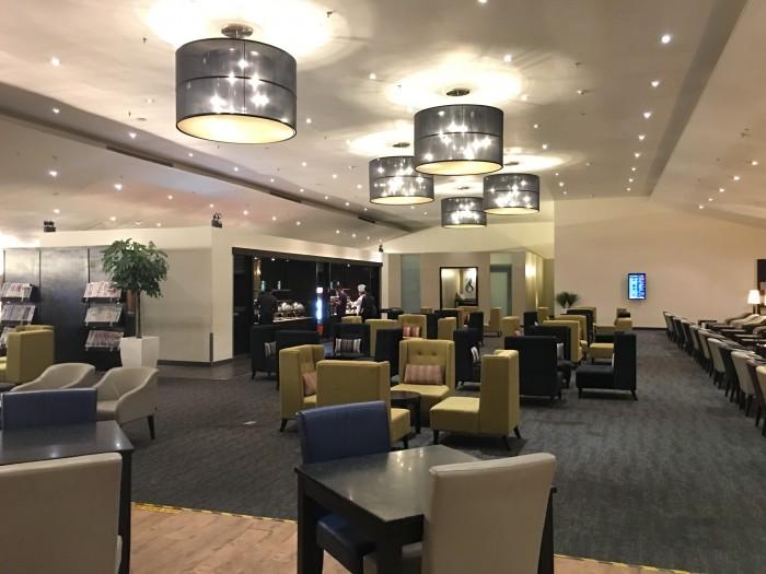 malaysia airlines golden lounge kuala lumpur satellite dining room 700x525 - Malaysia Airlines Golden Lounge Kuala Lumpur KUL satellite review