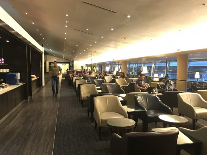 malaysia airlines golden lounge kuala lumpur satellite seating 700x525 - Malaysia Airlines Golden Lounge Kuala Lumpur KUL satellite review