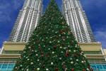 petronas towers christmas 150x100 - A layover in Kuala Lumpur - Street markets & Petronas Towers
