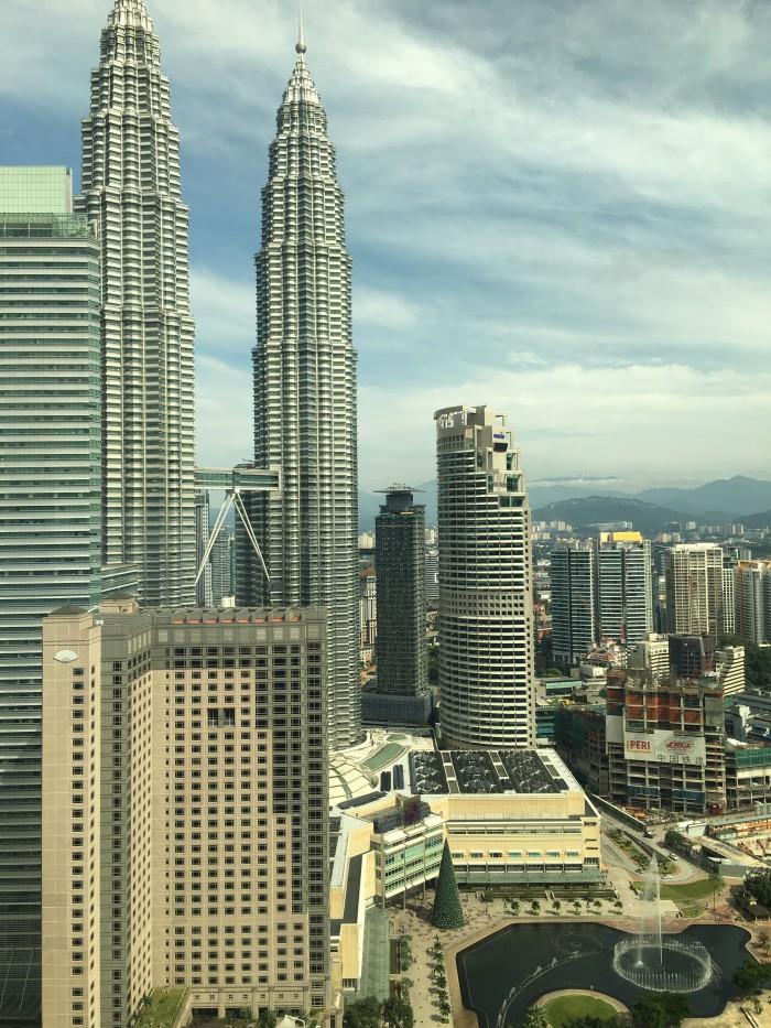 petronas towers kuala lumpur 700x933 - A layover in Kuala Lumpur - Street markets & Petronas Towers