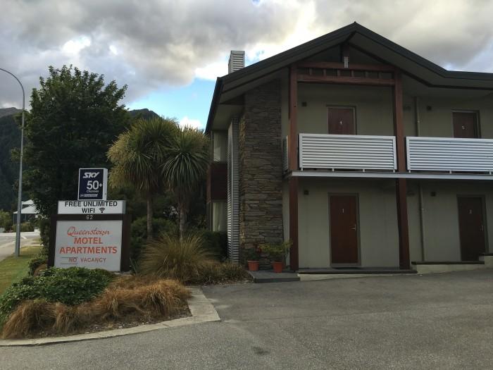 queenstown motel apartments 700x525 - Queenstown Motel Apartments - Queenstown, New Zealand review