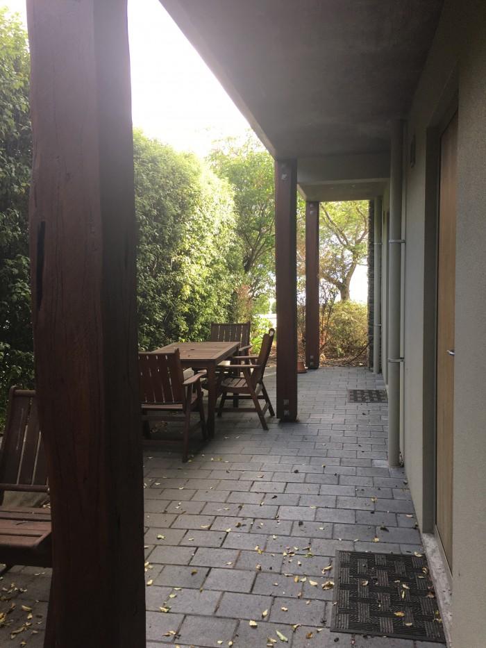 queenstown motel apartments patio 700x933 - Queenstown Motel Apartments - Queenstown, New Zealand review