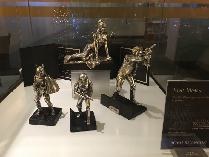 star wars pewter figurines 700x525 - Malaysia Airlines Golden Lounge Kuala Lumpur KUL satellite review