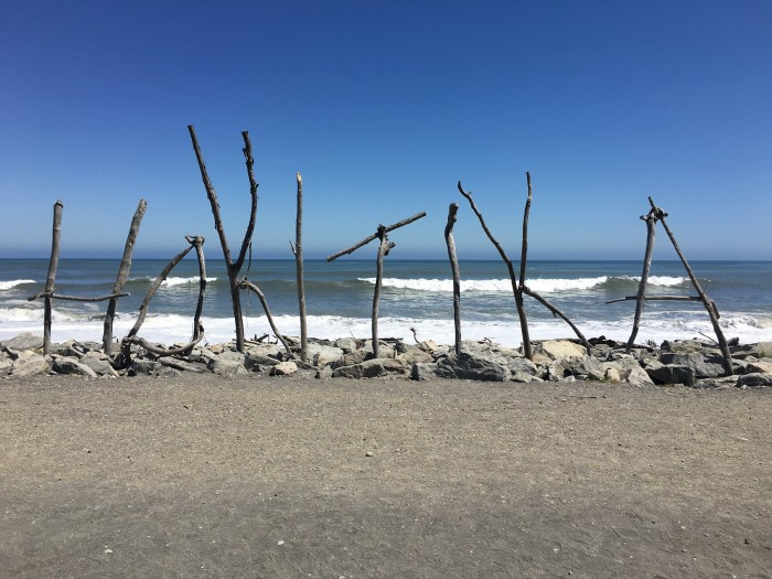 hokitika beach 700x525 - Franz Josef to Nelson, New Zealand by bus
