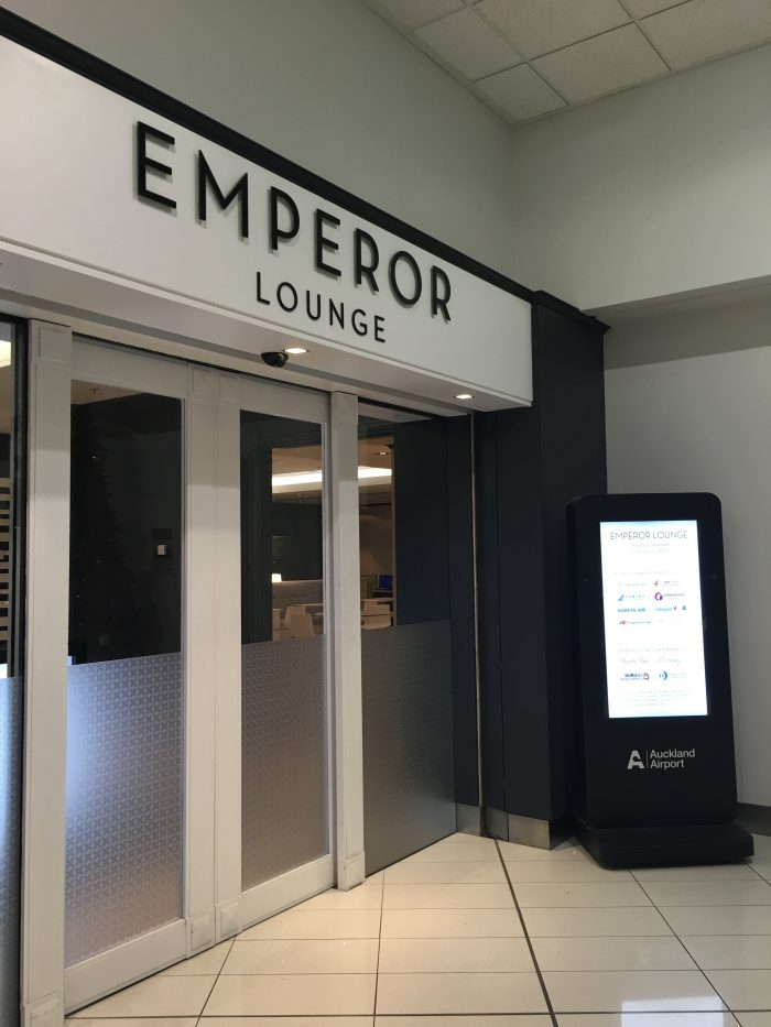 emperor lounge auckland 700x933 - Emperor Lounge Auckland AKL review
