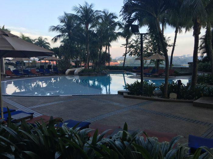 le meridien kuala lumpur hilton pool 700x525 - Le Meridien Kuala Lumpur review