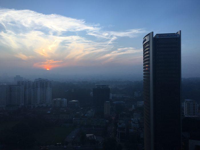le meridien kuala lumpur view sunrise 700x525 - Le Meridien Kuala Lumpur review