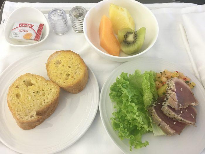 malaysia airlines business class appetizer 700x525 - Malaysia Airlines Business Class Airbus A330-300 Auckland AKL to Kuala Lumpur KUL review