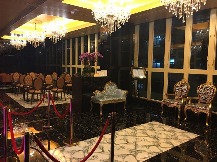 grand city hotel hong kong lobby 700x525 - Grand City Hotel Hong Kong review