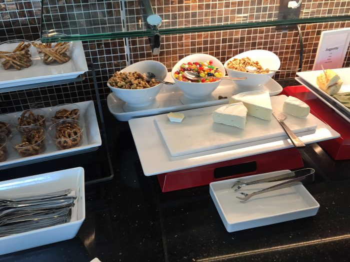 air france klm lounge sfo food 700x525 - Air France-KLM Lounge San Francisco SFO review
