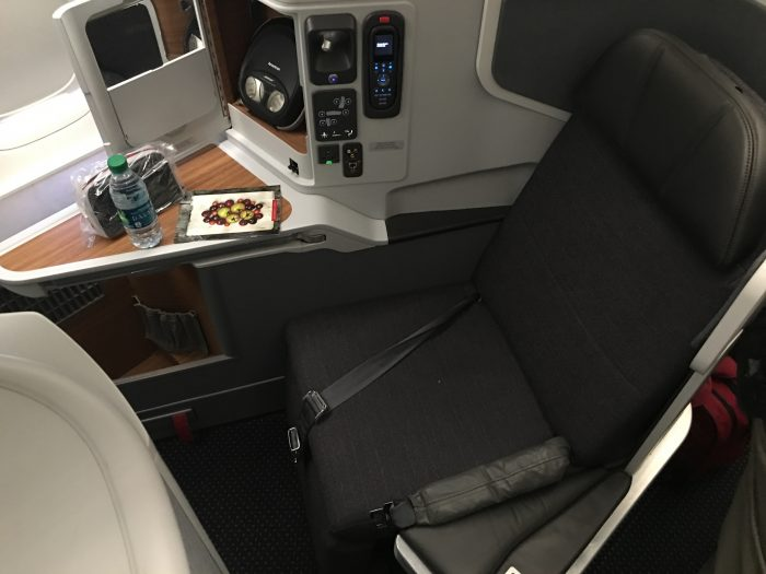 american airlines business class boeing 777 300er los angeles lax to london heathrow lhr seat 700x525 - American Airlines Business Class Boeing 777-300ER Los Angeles LAX to London Heathrow LHR review