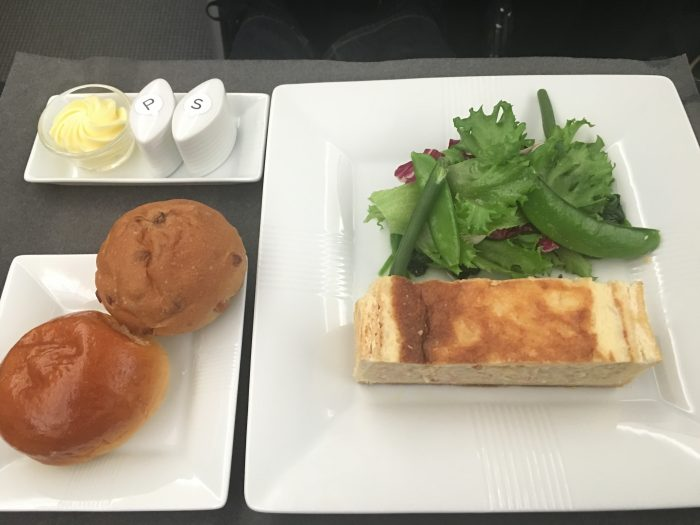 jal business class boeing 787 osaka to los angeles quiche 700x525 - JAL Business Class Boeing 787 Osaka KIX to Los Angeles LAX review