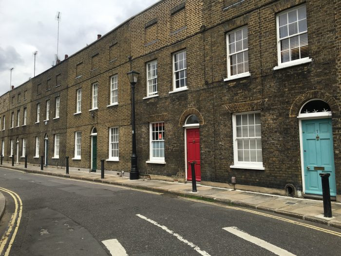 theed street london 700x525 - A nice walk through Central London from Kensington Gardens to Borough Market