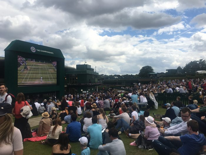 wimbledon henman hill murray mound 700x525 - A visit to Wimbledon on People's Sunday 2016