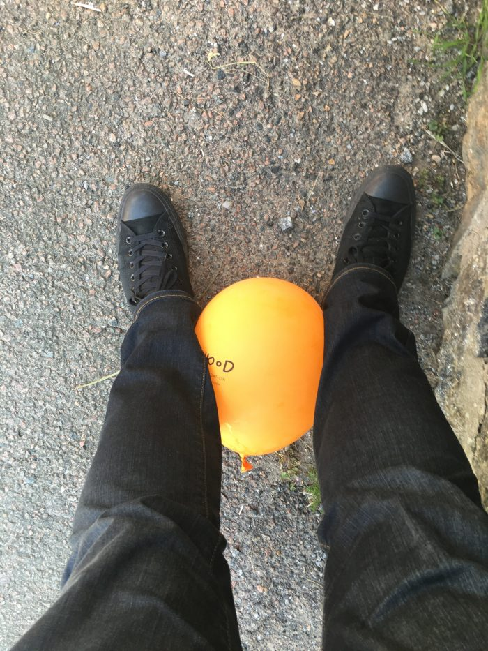 balloon feet 700x933 - A day trip to Marstrand from Gothenburg including Match Cup Sweden & fortress