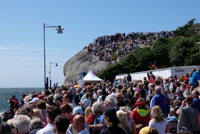 match cup sweden crowds 700x467 - A day trip to Marstrand from Gothenburg including Match Cup Sweden & fortress
