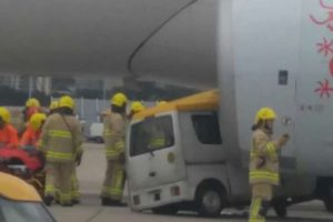 van crashes into plane hong kong 300x200 - Video: Van crashes into plane at Hong Kong International Airport