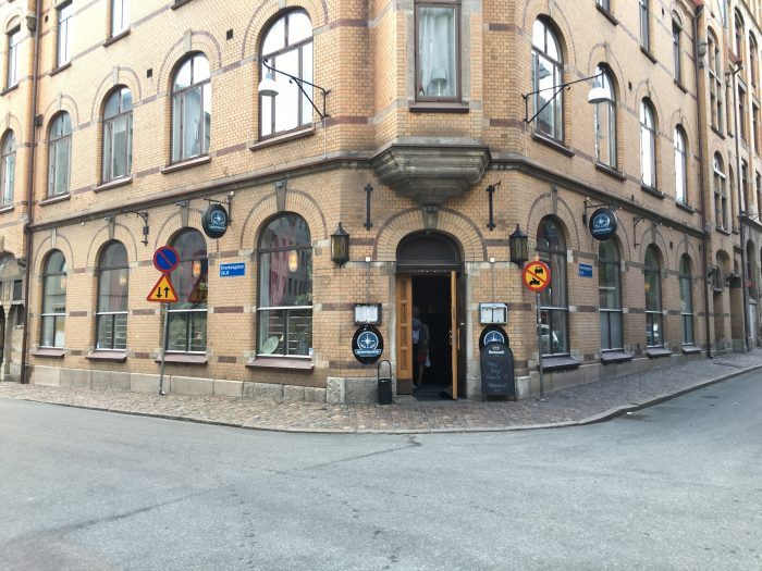 olrepubliken gothenburg 700x525 - The best craft beer in Gothenburg, Sweden