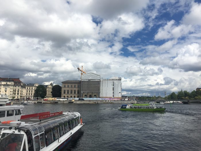 stockholm-harbor-hop-on-hop-off-boat