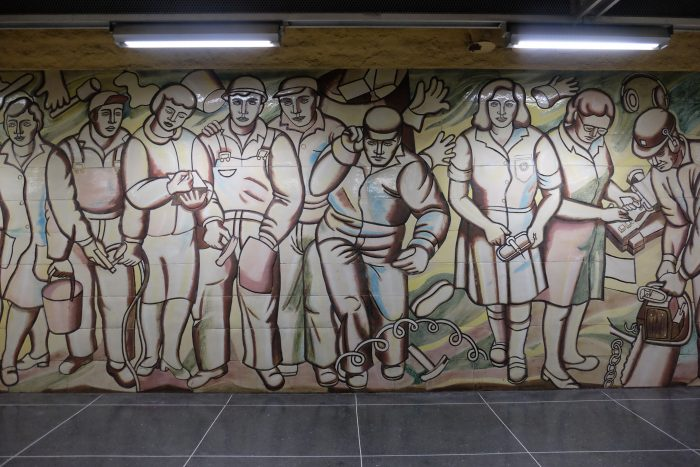 akalla art 700x467 - Exploring the underground art of Stockholm's Metro system