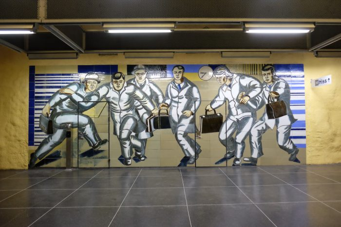 akalla station 700x467 - Exploring the underground art of Stockholm's Metro system