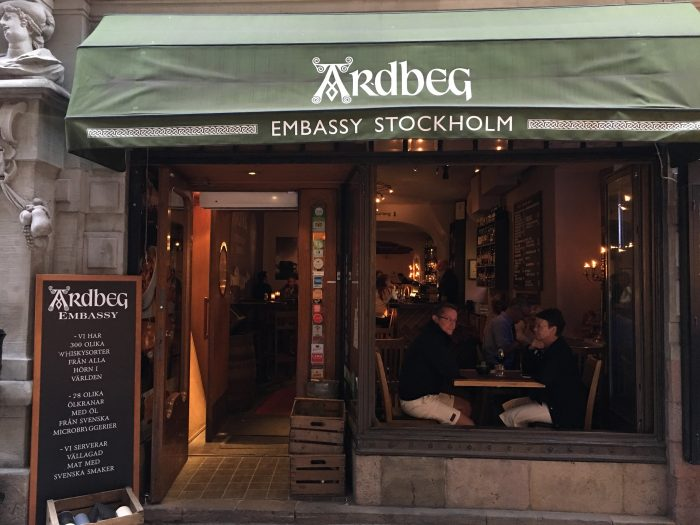 ardbeg embassy stockholm 700x525 - The best craft beer in Stockholm, Sweden