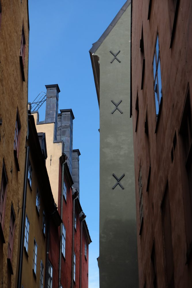 old town stockholm 667x1000 - A photo walk through Gamla Stan, Stockholm's Old Town