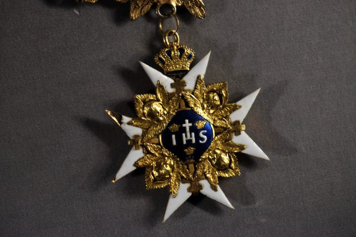 royal order of the seraphim sweden 700x467 - A visit to the Swedish Royal Palace in Stockholm