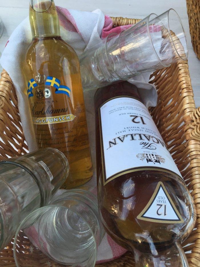 tjarn drinks flaggpunsch 700x933 - A relaxing visit to Tjarn farmstead in Vasterbotten, Sweden