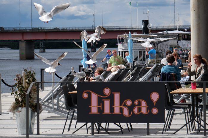 umea fika 700x467 - A photo walk & museum visits in Umeå, Sweden
