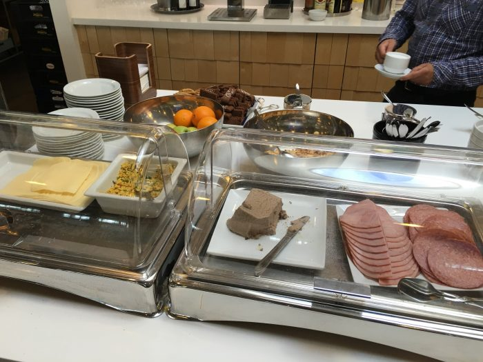 aspire lounge copenhagen cph cheese meat 700x525 - Aspire Lounge Copenhagen CPH Airport review