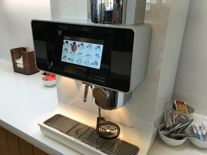 aspire lounge copenhagen cph coffee machine 700x525 - Aspire Lounge Copenhagen CPH Airport review