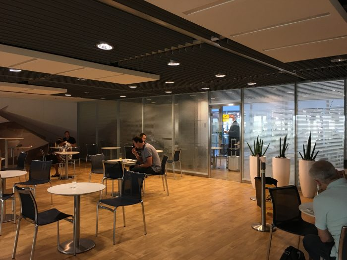 lufthansa business lounge dusseldorf smoking room 700x525 - Lufthansa Business Lounge Dusseldorf DUS Airport review