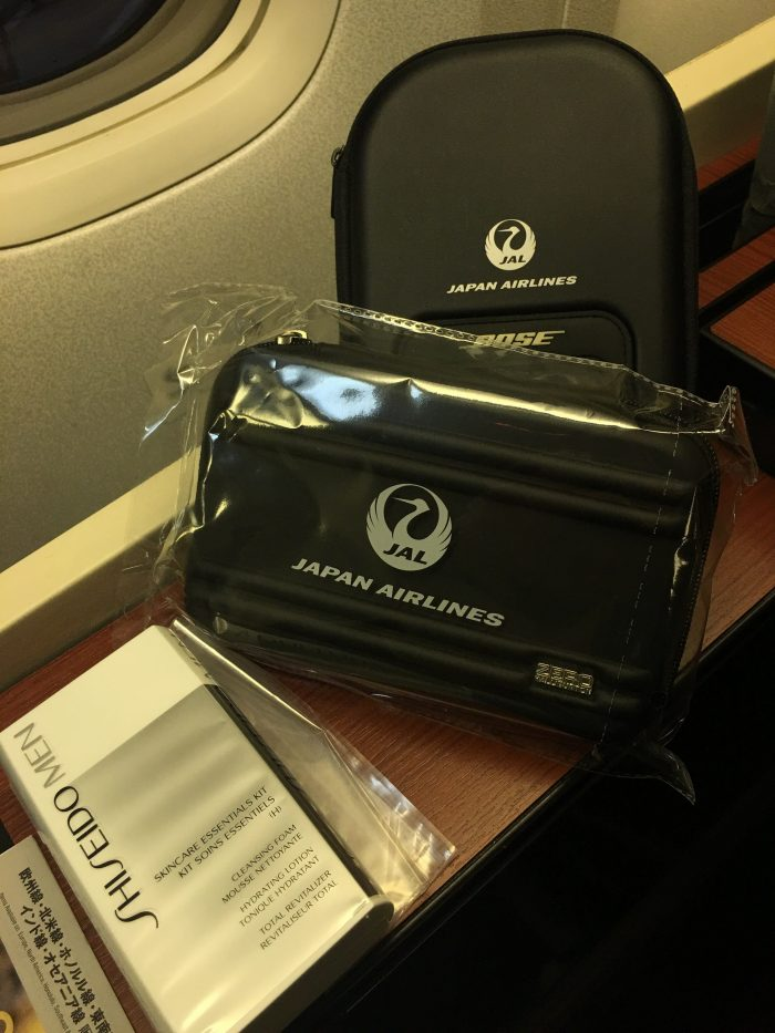 japan airlines boeing 777 300er first class san francisco sfo tokyo haneda hnd amenity kit bose headphones 700x933 - Japan Airlines JAL First Class Boeing 777-300ER San Francisco SFO to Tokyo Haneda HND review